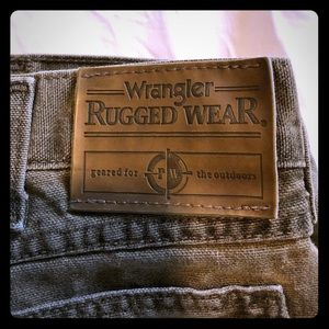Wrangler Rugged Wear Jeans w/ Nylon Brush Guard